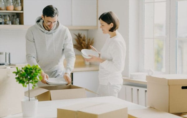 How to Pack Dinnerware for Moving